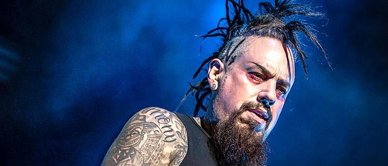 Филди возьмёт перерыв от Korn для избавления от «вредных привычек»