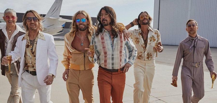 Foo Fighters выпустили диско-релиз «Hail Satin»
